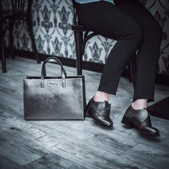 Магазин обуви, сумок и аксессуаров PAZOLINI