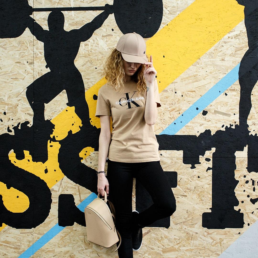 Calvin Klein - Креативная фотосессия для социальных сетей